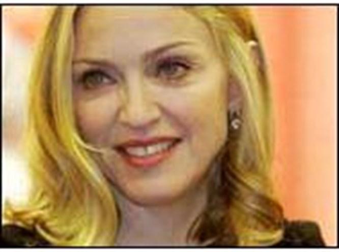 Madonna'yla dansa davet